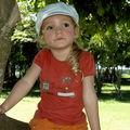 Perchée sur un arbre avril 2010