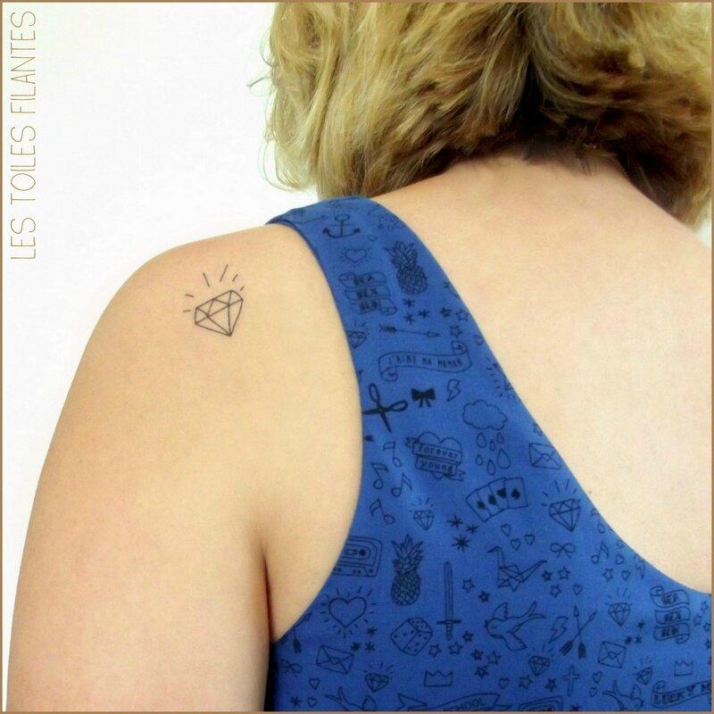 Robe Mirage Tissu Tatouée pour la journée1-001