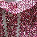 Robe trapèze à poches plaquées, col froufroutant et manches courtes fermée par 3 petits boutons recouverts dans la nuque - haut doublé ANTOINETTE (24)