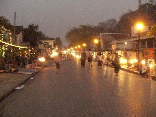 Luang Prabang, le marche de nuit