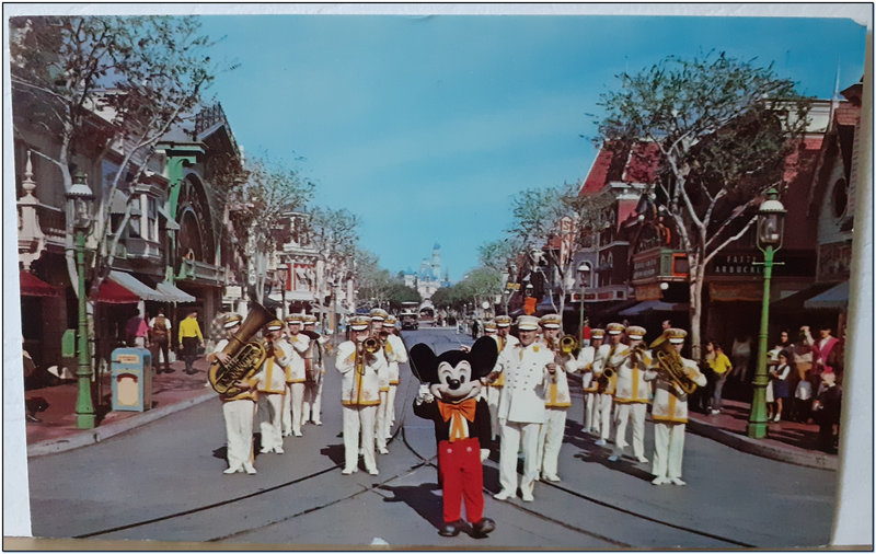Mickey Mouse et Disneyland band