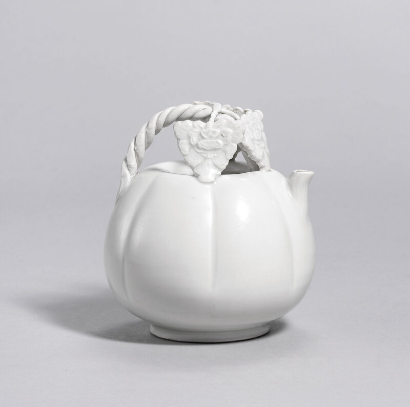 A Ding white-glazed melon-shaped ewer, Five Dynasties-Northern Song dynasty (907-1127)