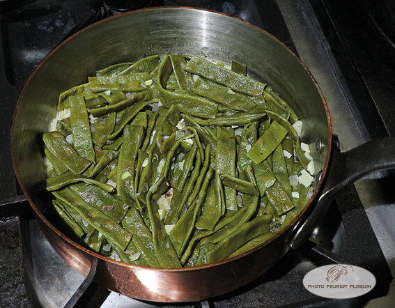 HARICOTS_COCO_PLATS_cuisant_avec_ail