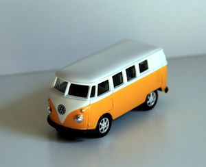 Vw combi de 1962 de chez Welly 01