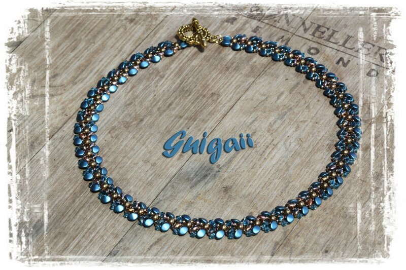 221 Collier Autumn Leaves bleu_or