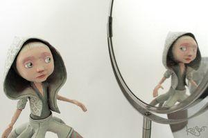 Bianca dans son miroir KriSoft