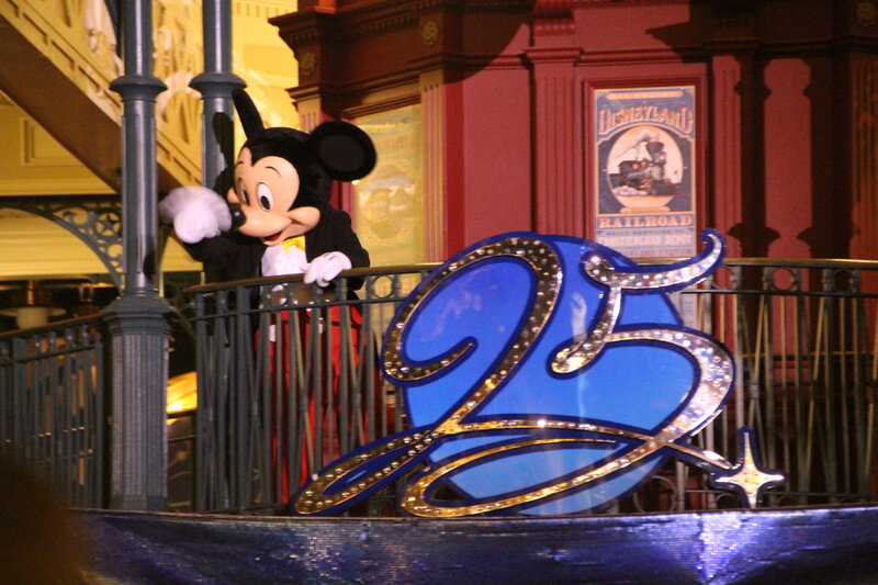 disneyland_paris_aurevoir_mickey