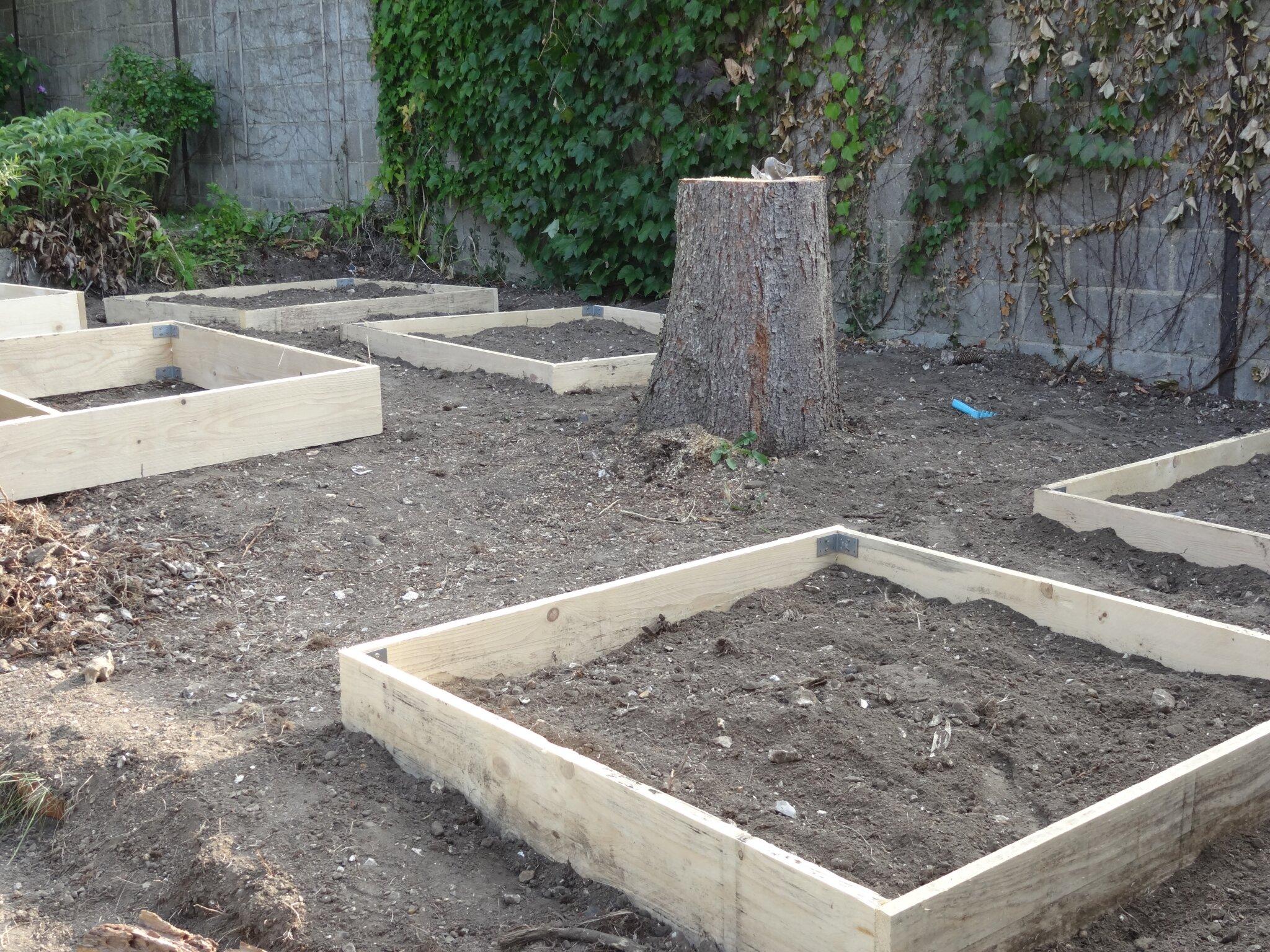 Construire Un Carré Potager et 6 carrés de plus ! - mon potager carré