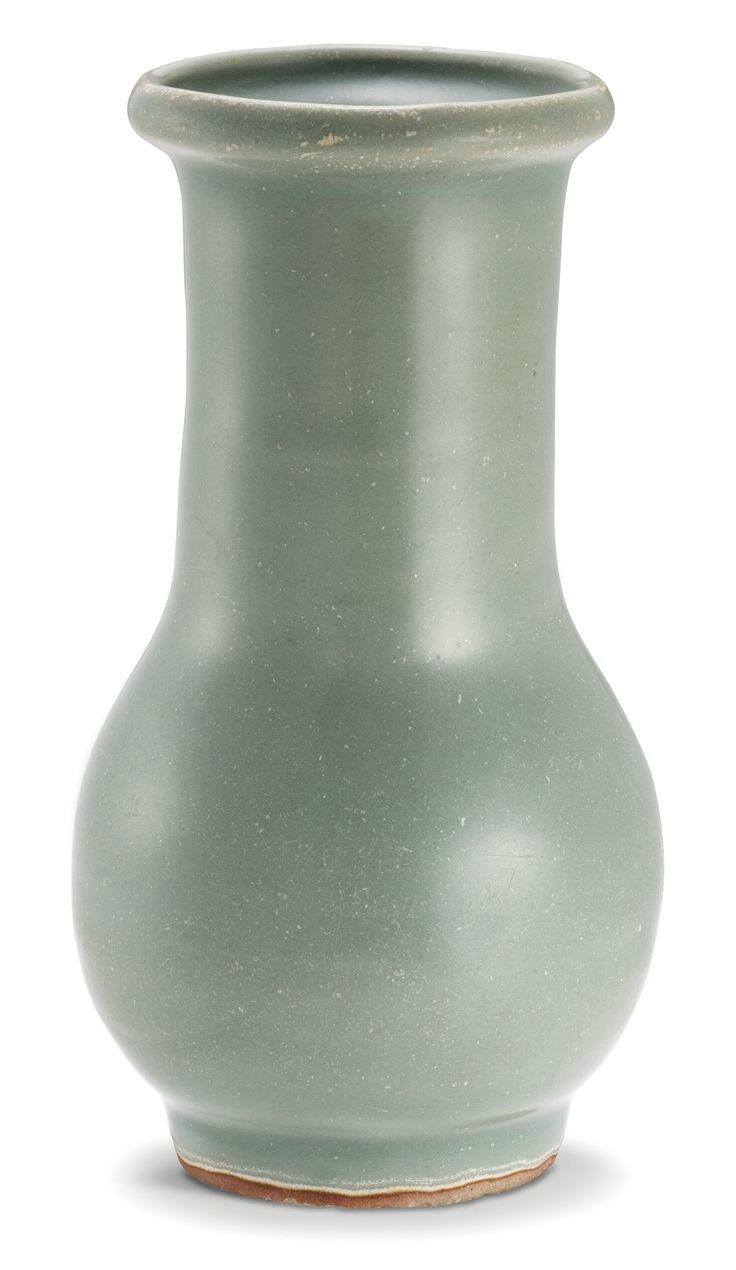 A Longquan' celadon vase, Southern Song Dynasty