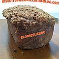 Cake aux poires râpées, spéculoos et chocolat