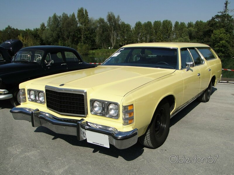 ford ltd wagon 1975 a