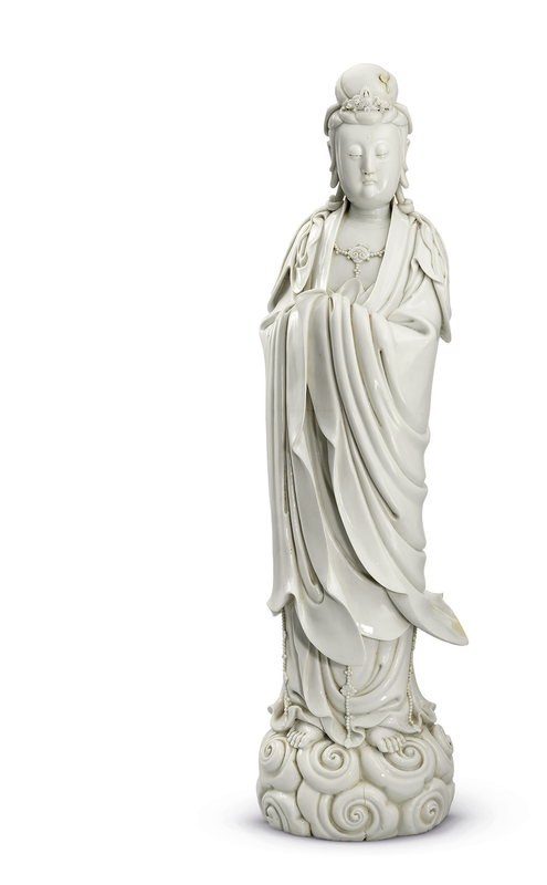 A large Dehua standing figure of Guanyin, Republic period, early 20th century