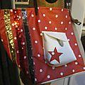 Sac FELICIE n°37 en lin et coton enduit rouge à pois - poche en simili cuir blanc - anciennes sangles militaires (6)
