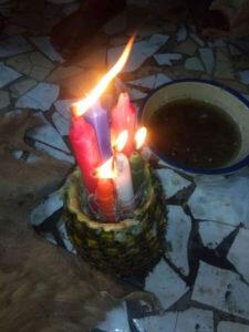 Les bougies de la prospérité et d'abondance du Maître , medium honnête et compétent