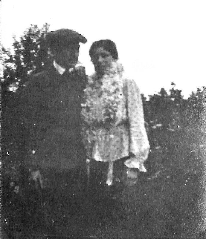 Adrien et Marcelle vers 1920 2