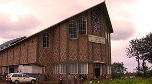 Gitega, église