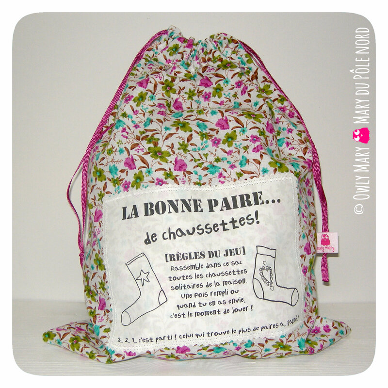PH2017-11-28-0774-owly-mary-du-pole-nord-fait-main-sac-linge-sale-habits-salis-bonne-paire-chaussette-cadeau-personnalise-zero-dechet-voyage-cadeau-fille-vert-rose-blanc-fleur