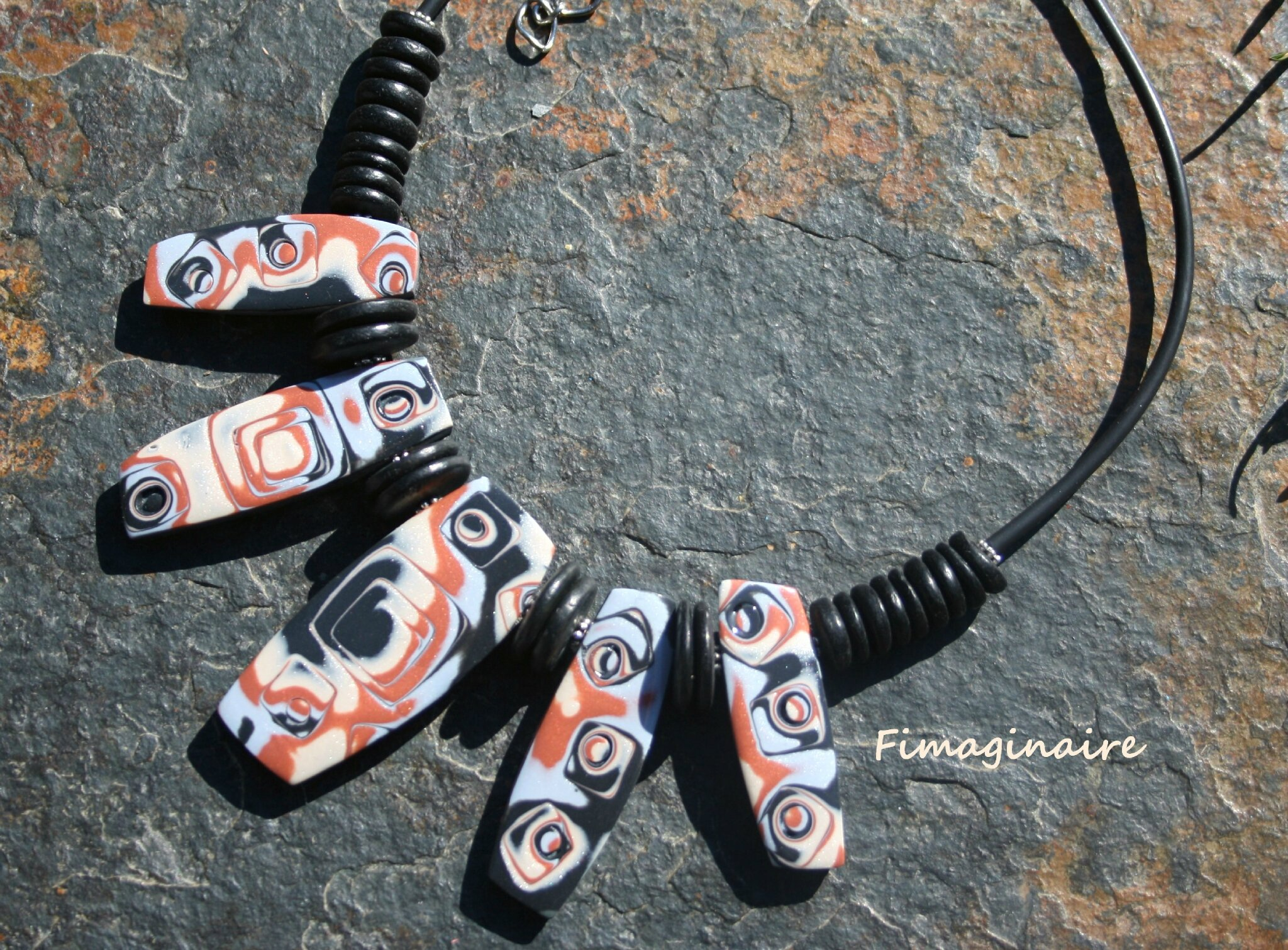 Collier tribal - 25$