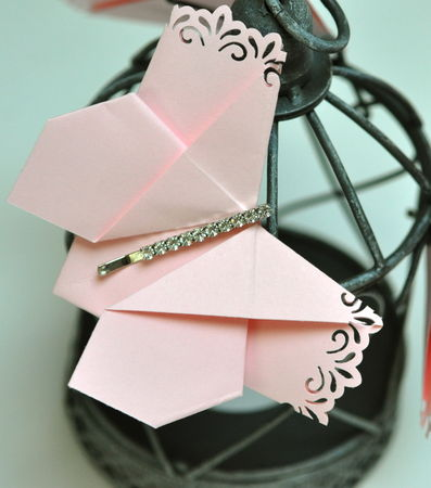 Origami_papillon_et_long_strass_