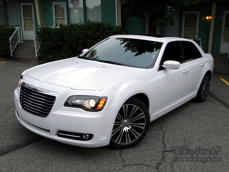 Chrysler-300-s-2013-01