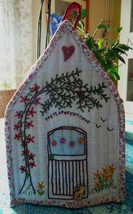 Teapot cottage 3