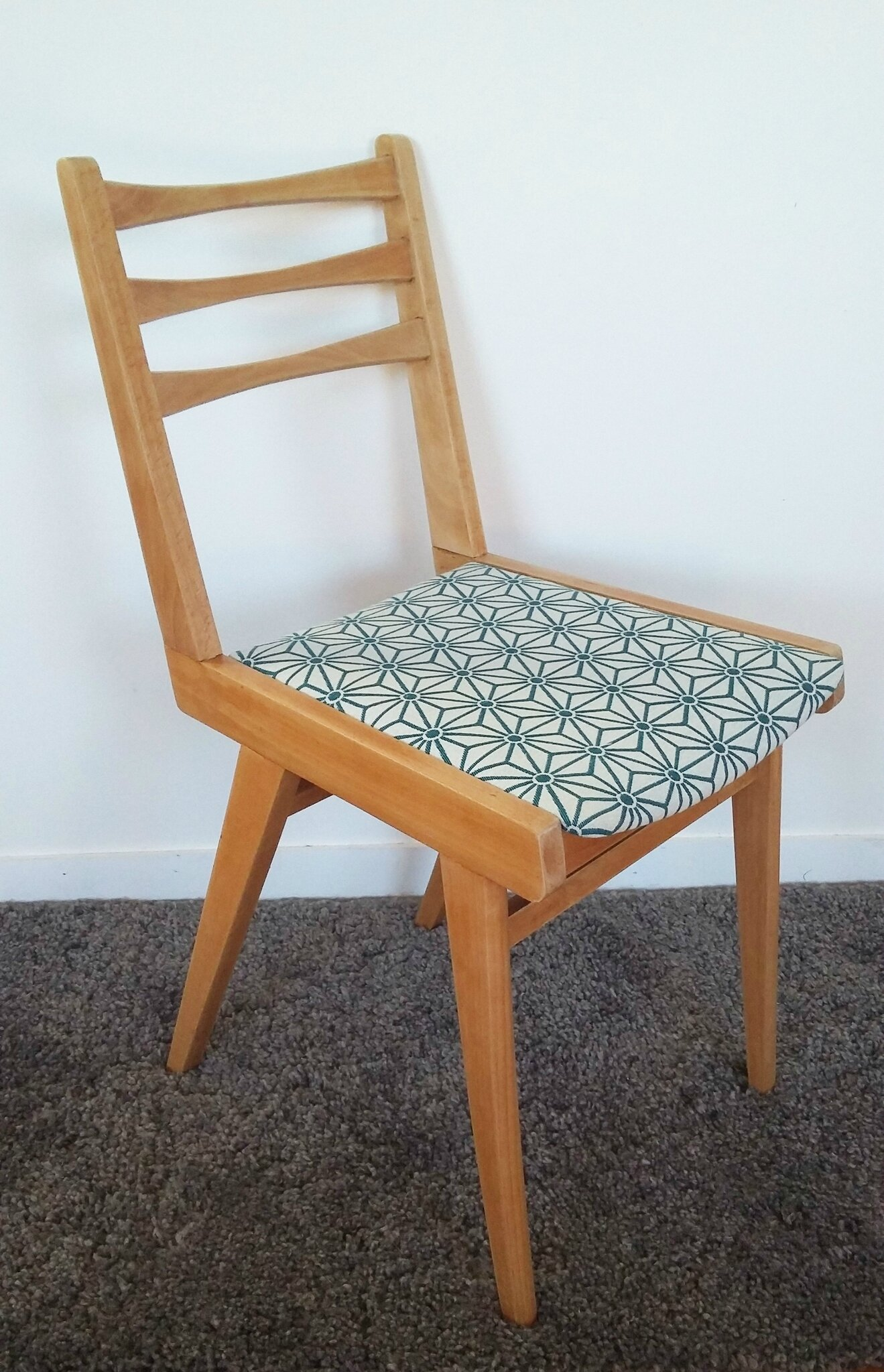 chaise vintage style scandinave tissus graphique - Chaise Vintage Scandinave
