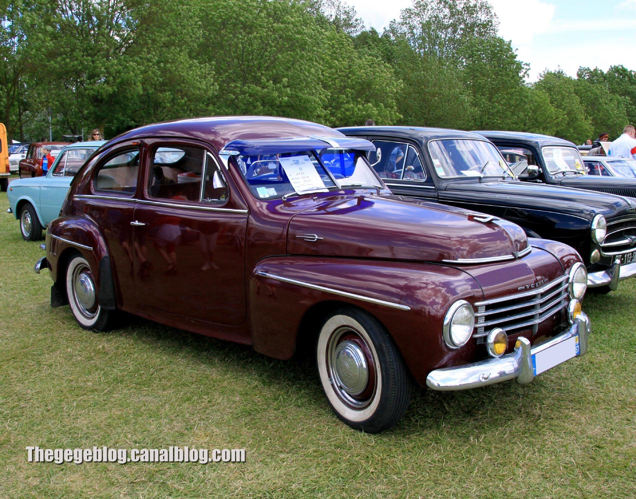 Volvo PV444 de 1953 (Retro Meus Auto Madine 2012) 01