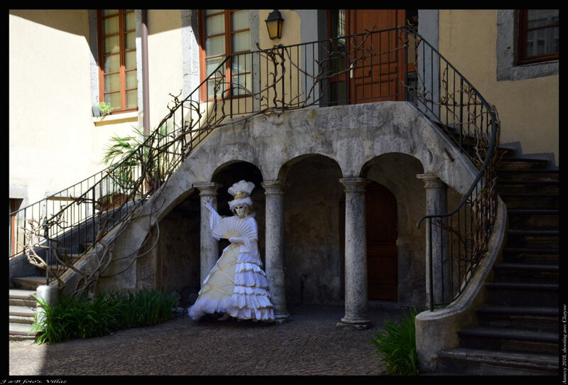 Annecy-shooting avec Clarysse-2018-04-17_11-31-04-ancien Hotel de la Monnaie