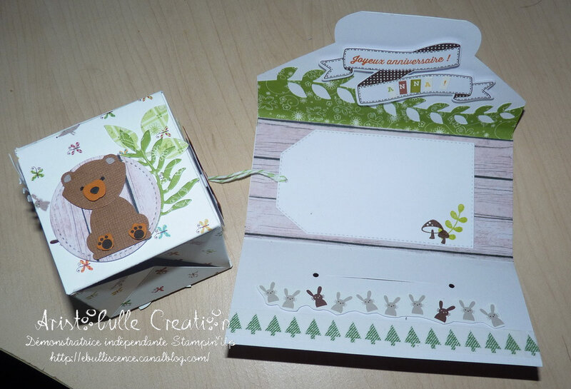 Carte cube pop up Foxy friends - ouverte