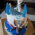 Gâteau a étages la reine des neiges