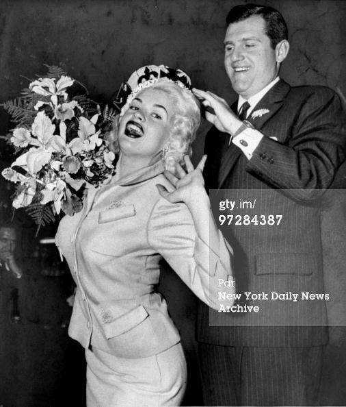 jayne-1956-05-01-miss_flower_queen-with_allen_king-1