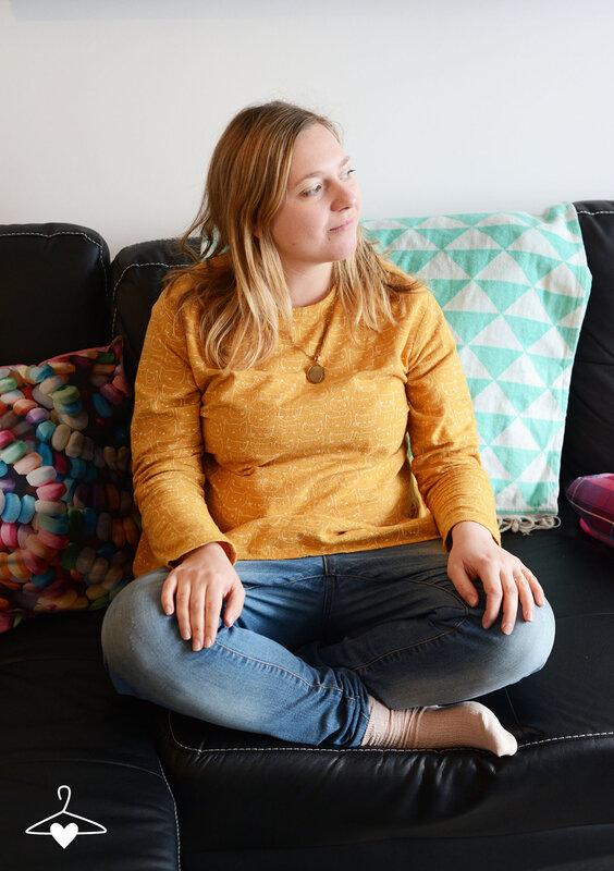 top-basque-jaune-motif-chat-couture-05-blog-alice-sandra