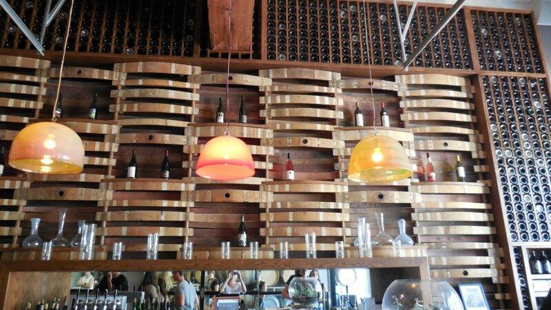 agencement de cave vins chais bar vins douelledereve. Black Bedroom Furniture Sets. Home Design Ideas