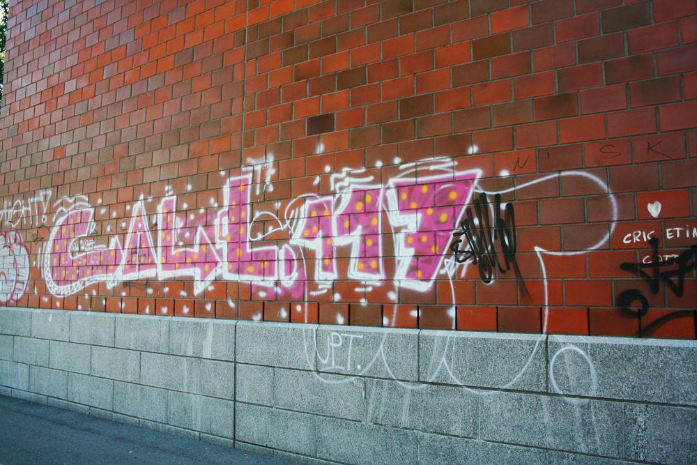 Rue de Bienne* Suisse*