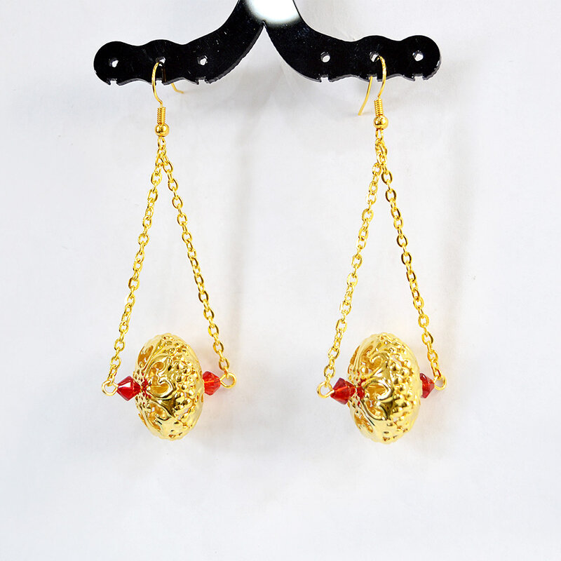 PandaHall-Ideal-on-Making-Golden-Earrings-with-Pendants-3