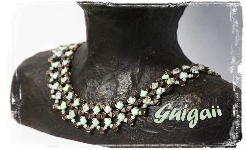 169 Collier Tesselations Menthe_chocolat