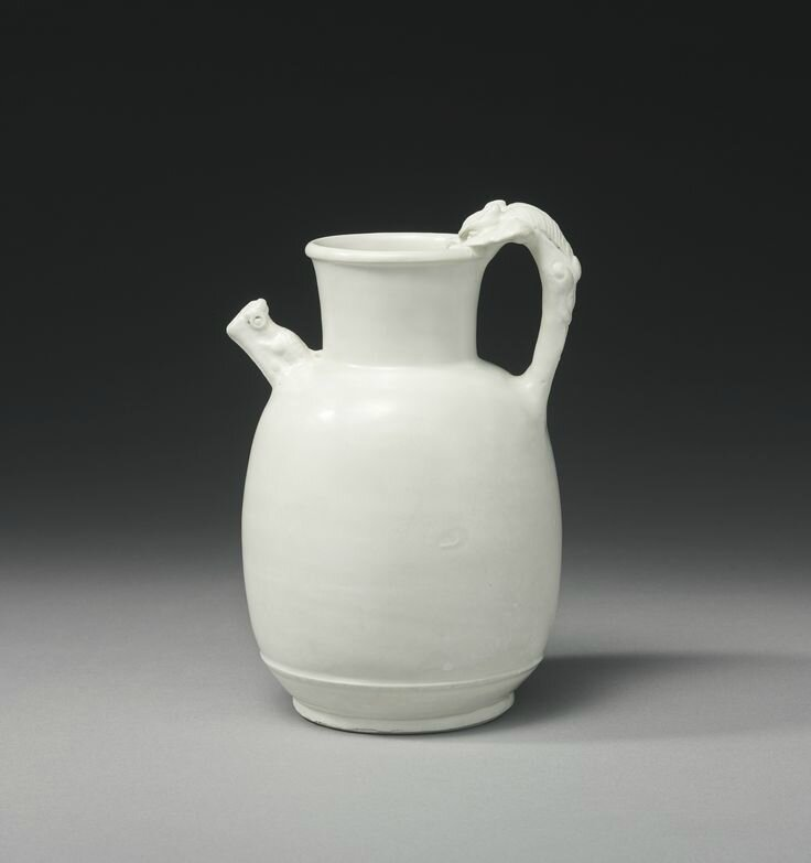 A 'Xing' ewer, Tang-Five Dynasties period