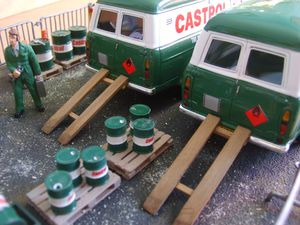 diorama castrol