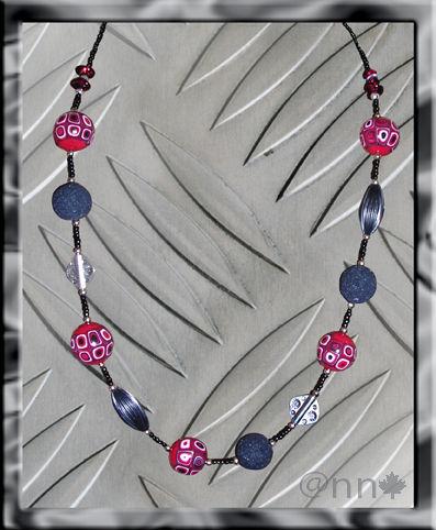 Collier Fimo multi rouge et noir, perles sucrées noir, argent (N