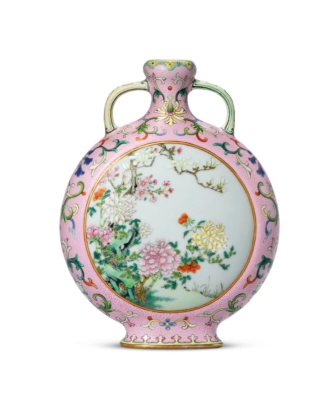 2020_HGK_18243_0334_000(a_rare_and_exceptional_small_pink-ground_famille_rose_moonflask_qianlo114418)