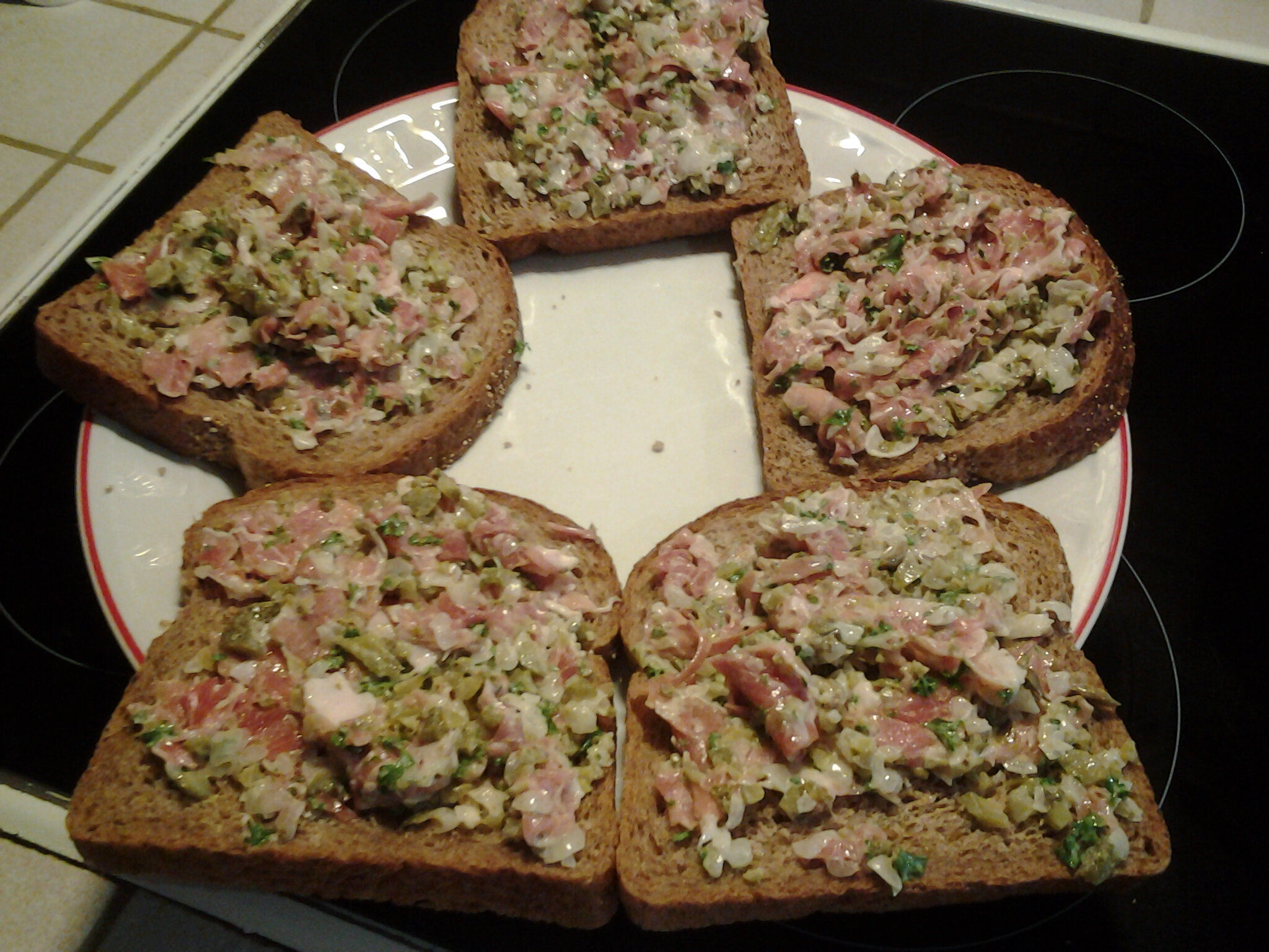Tratines à la salade de viande prosciutto vite fait