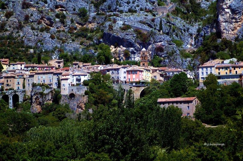 MOUSTIERS_Alpes_Hte_Provence_4_