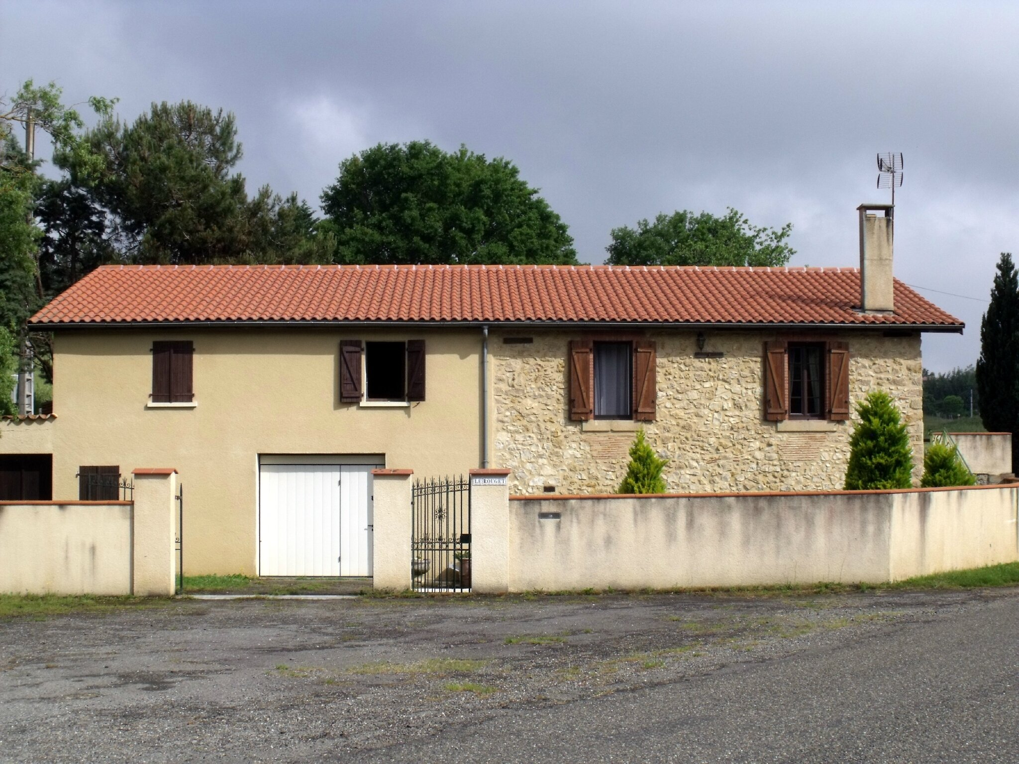 Le Rouget (Gers - 32)