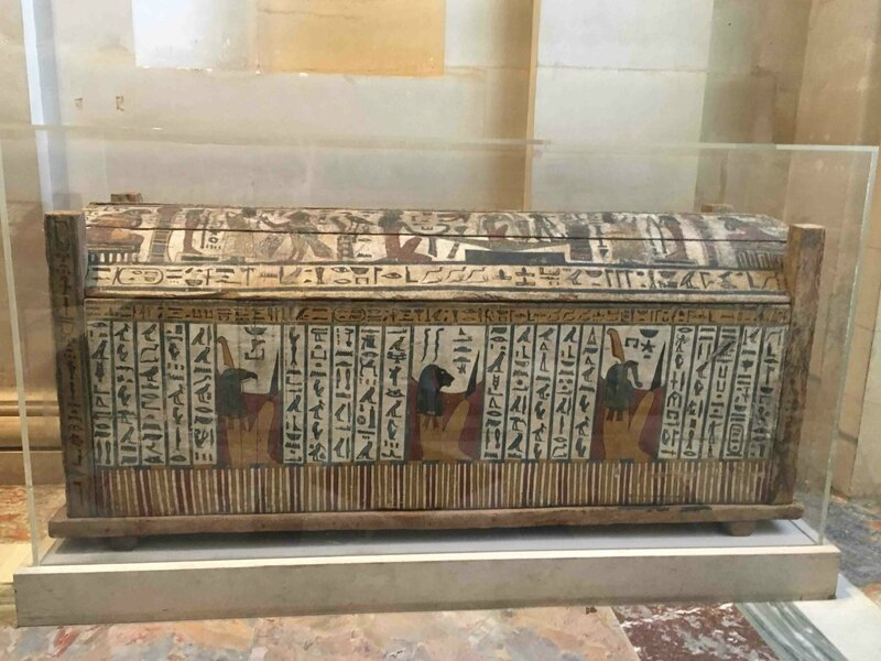 Sarcophage bois Louvre bd