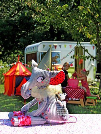 cirque fond du jardin envoi2