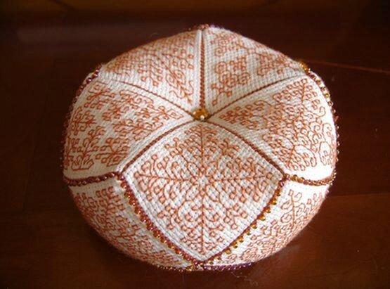 Biscornu orange photo