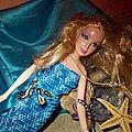 Une poupée en sirène .....