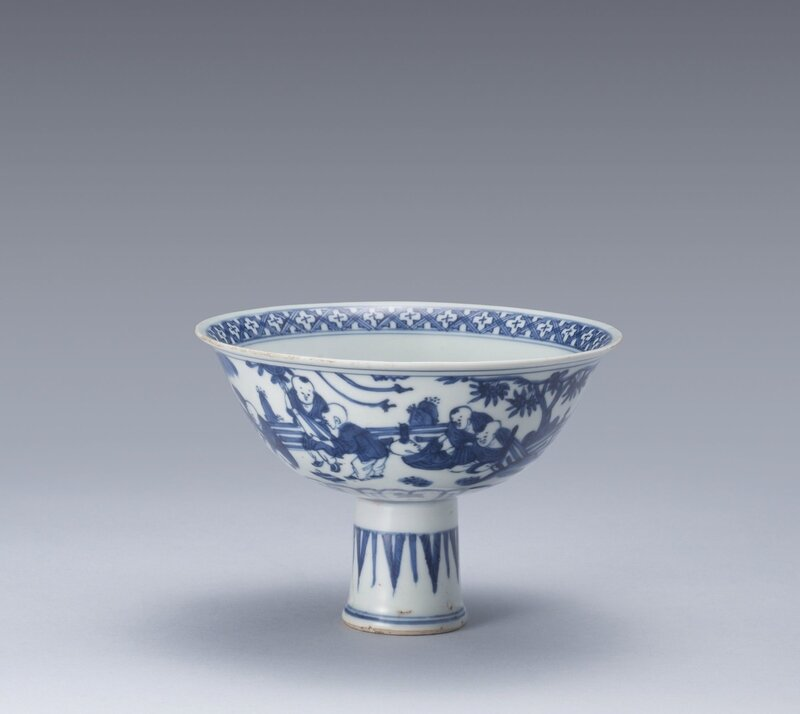 A_blue_and_white__Boys__stemcup__Ming_Dynasty__16th_century