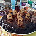 This is halloween # 2 : gâteau cimetière au chocolat...