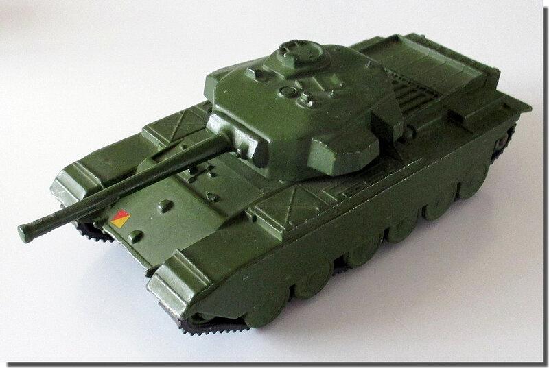 Dinky Toys 651 Centurion Tank 1